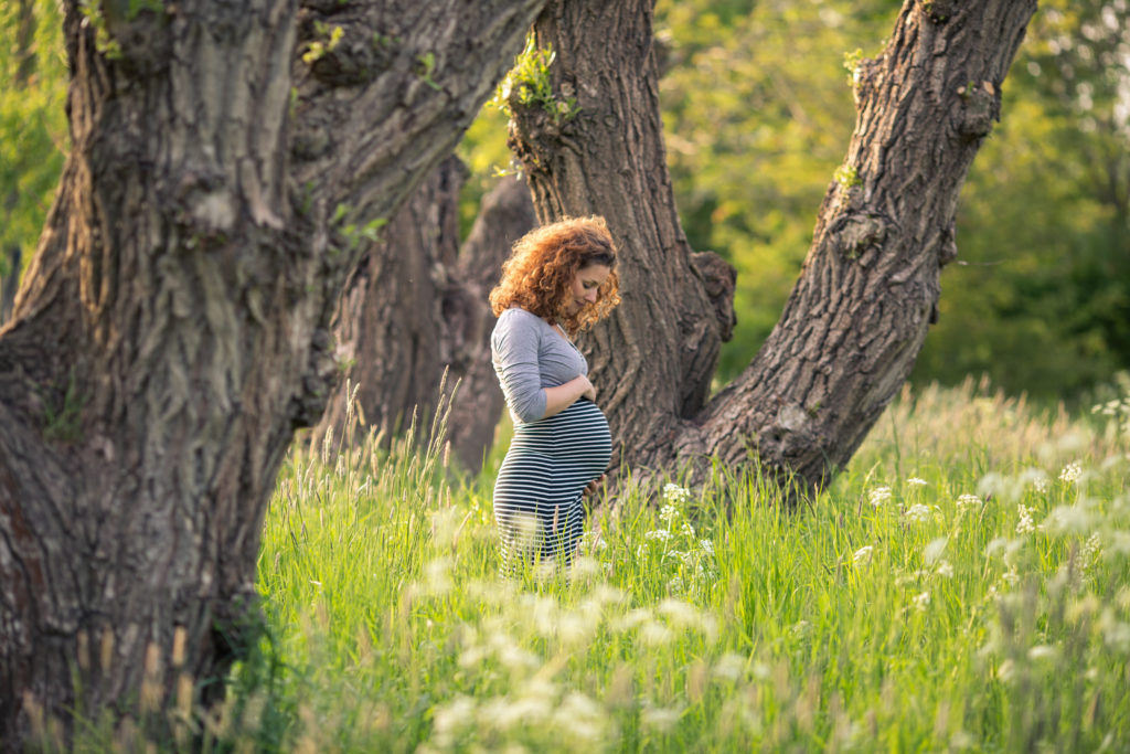 Onlangs was ik met Jantien op een van mijn favoriete plekjes in Groningen om haar zwangere buik vast te leggen.
