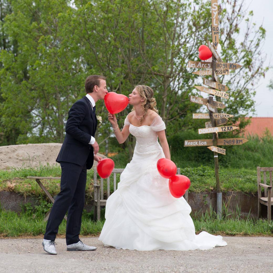 Rode ballonnen op je bruiloft