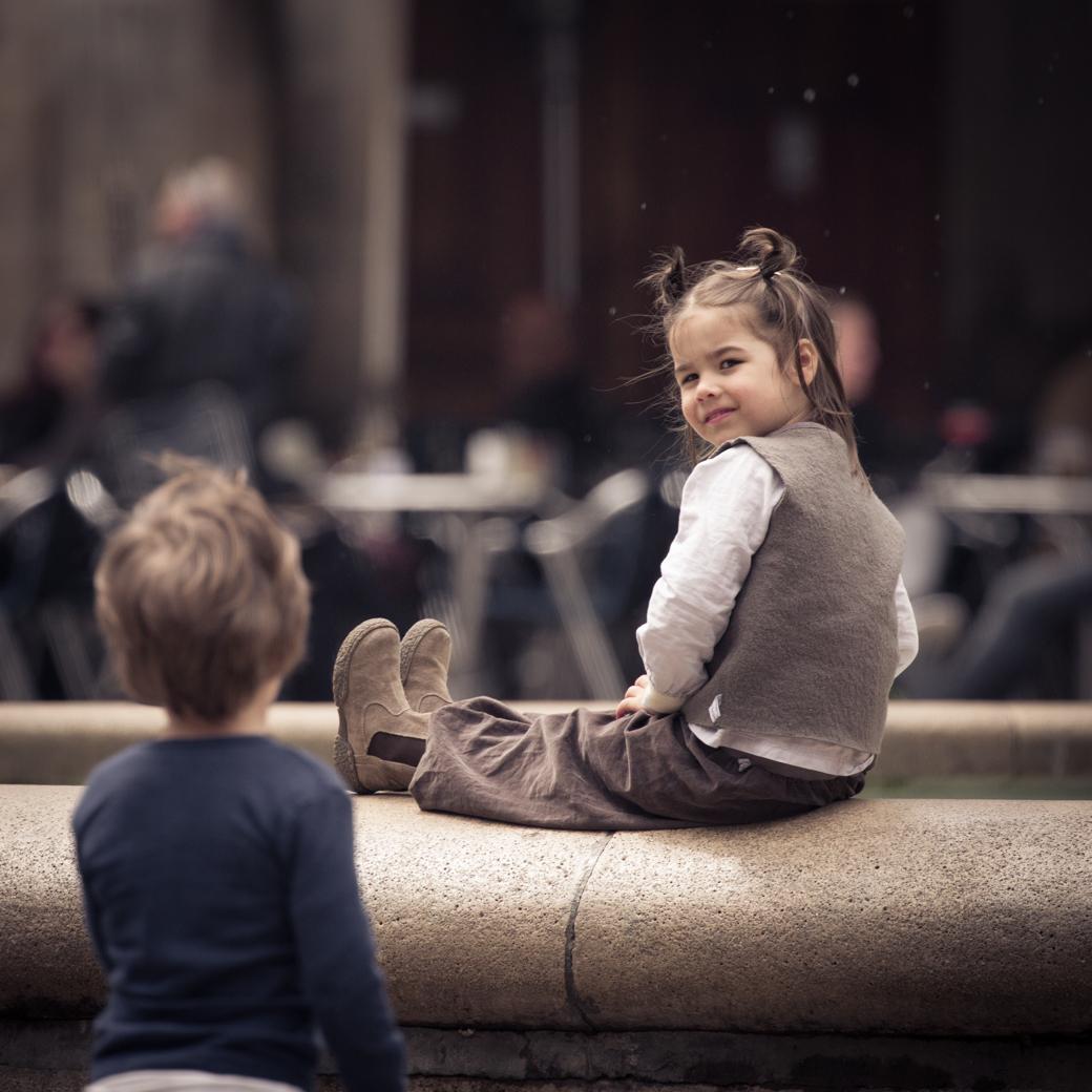 Kinderen op Placa Reial Barcelona
