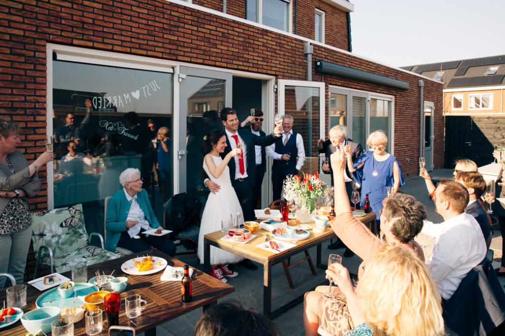 Receptie bruiloft thuis
